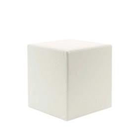 イロコデザインでレンタルできる四角いプーフ