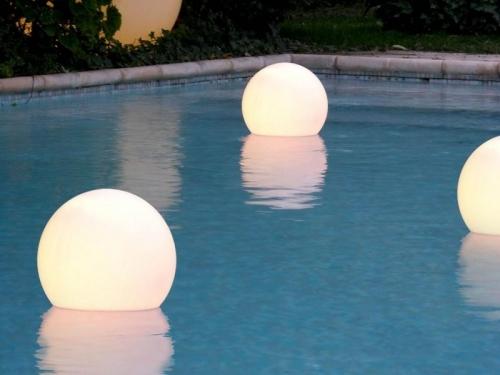 Floating-Lights