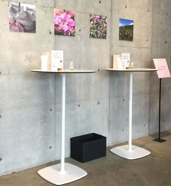 イロコデザインでレンタルできるハイテーブル