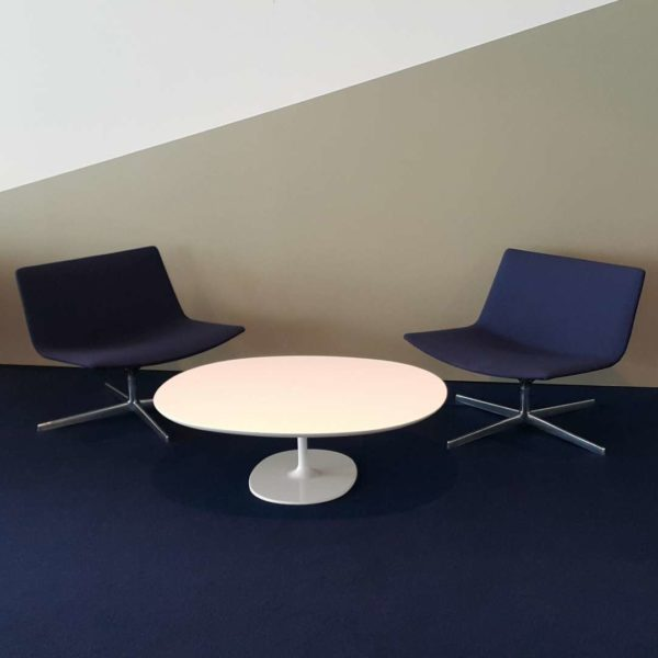 Dark-blue-and-table-2