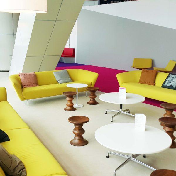 Loop-sofa-gold-2