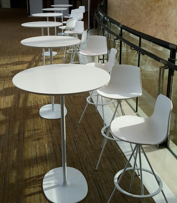 イロコデザインでレンタルできるラウンジ家具