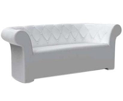 イロコデザインでレンタルできるクラシックなソファ