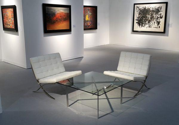 イロコデザインでレンタルできる座り心地の良い椅子