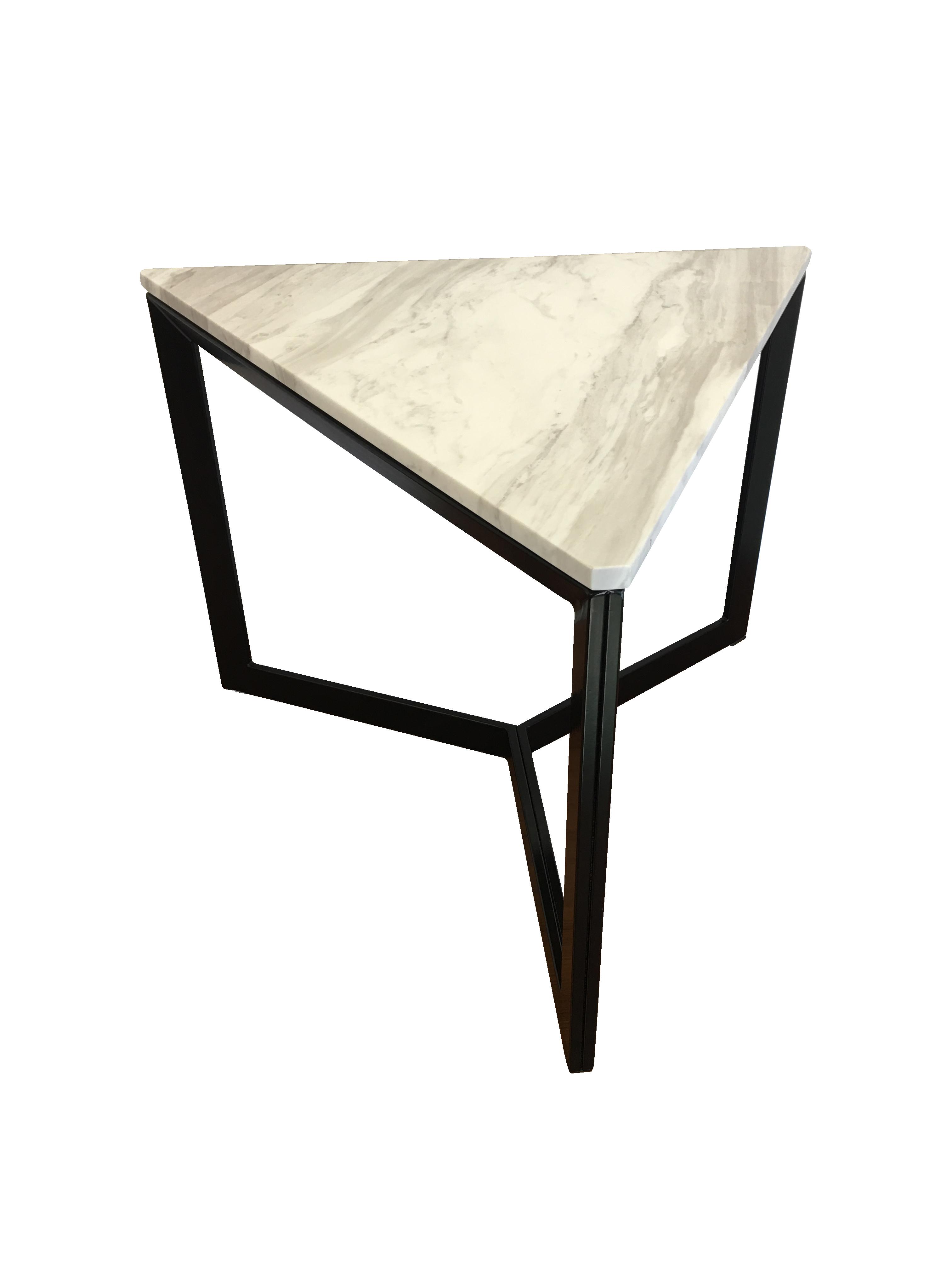 ローテーブル triangle マーブルのレンタル iroco design