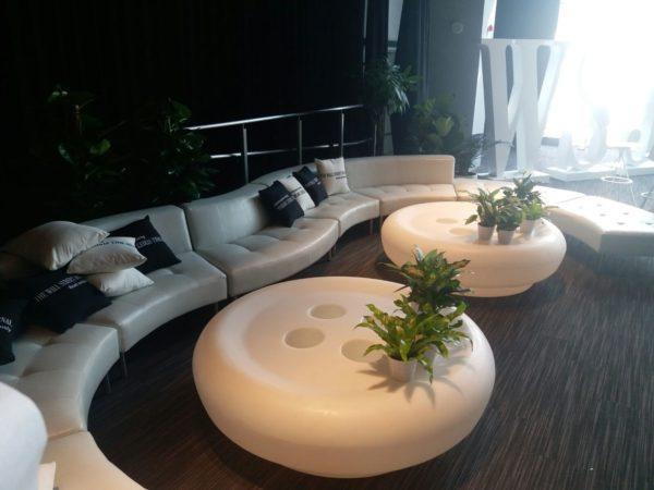 イロコデザインでレンタルできる白い家具