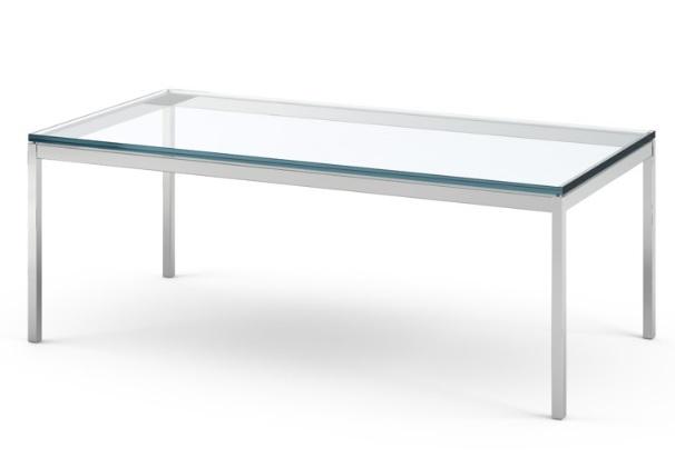 イロコデザインでレンタルできるモダンなテーブル